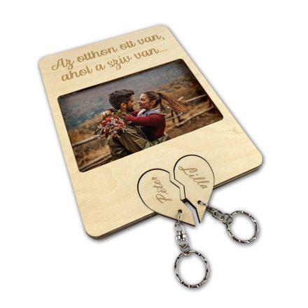 Fa képkeret szív alakú páros kulcstartóval