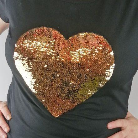 Fényképes szív alakú flitteres fekete póló